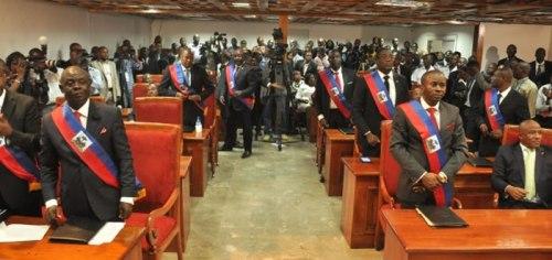 Haïti/Politique  Une commission est créée pour statuer sur le mandat des sénateurs: