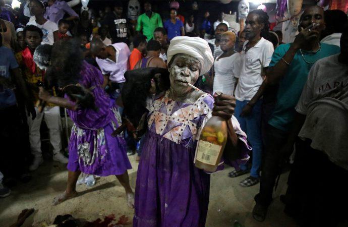 Haïti-Culture  Les morts en fête : Entre coutume, tradition et croyance en Haïti…