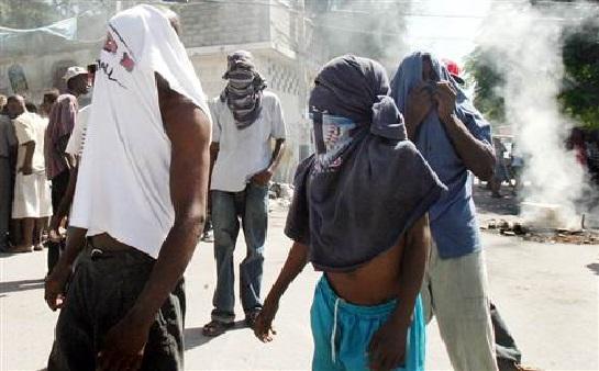 """Haïti-Sécurité: les enfants des quartiers """"Tibwa et Grande-Ravine"""" crient au secours"""