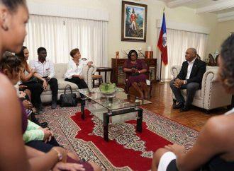 Quand le Premier ministre supporte l'Institut de Danse Lynn Williams Rouzier