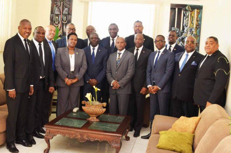 Rencontre entre les parlements de l'île