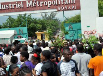 Salaire minimum : la manifestation des ouvriers s'intensifie