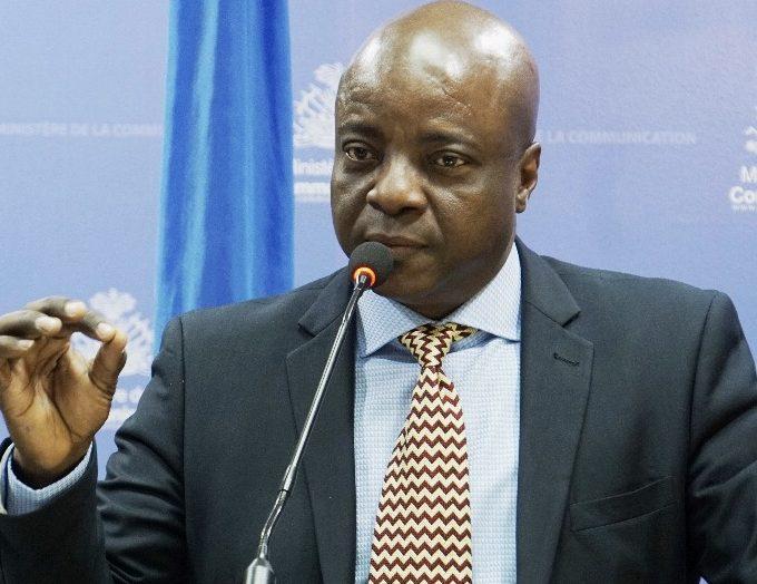 """""""L'augmentation des prix du carburant, un facteur important dans la lutte contre la contrebande dans le pays"""", selon Guyler C. Delva"""
