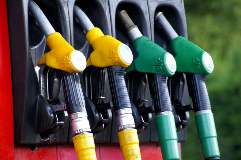 Prochaine augmentation des prix du carburant: »cette décision sera bénéfique pour la population», assure Guyler C. Delva