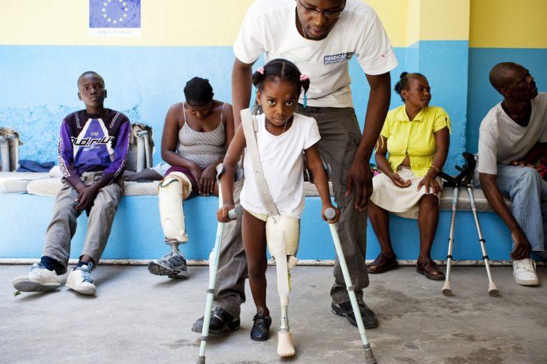 La loi portant sur l'intégration des personnes handicapées en souffrance au parlement