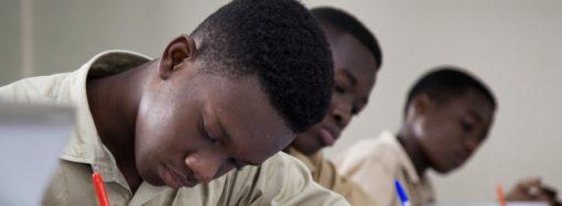 Le FNE vole au secours des parents d'élèves à faible revenu