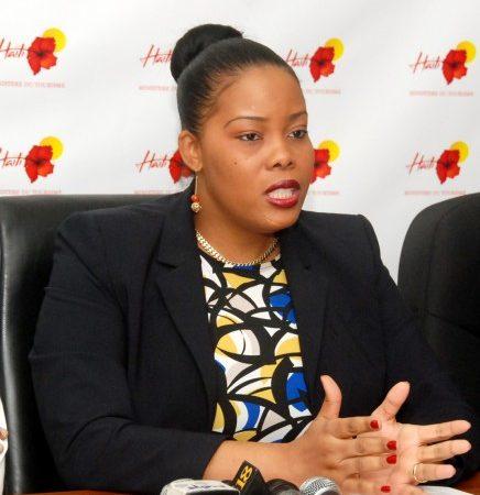 En manque de moyens, Jessy Menos tente de faire bouger le ministère du tourisme