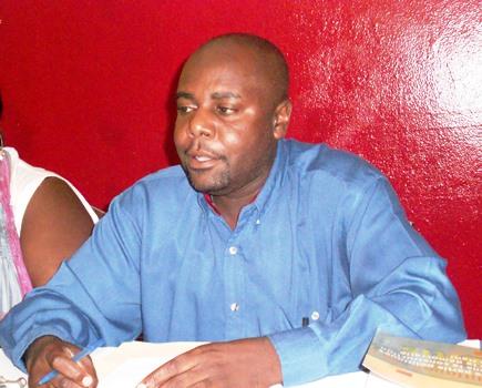 « Évitez au pays de sombrer dans une crise politique! Votez en faveur de Jack Guy Lafontant! », lance Yvon Bonhomme