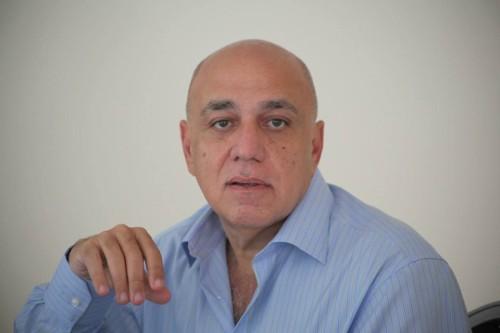 Réginald Boulos, homme d'affaires ou politicien ?