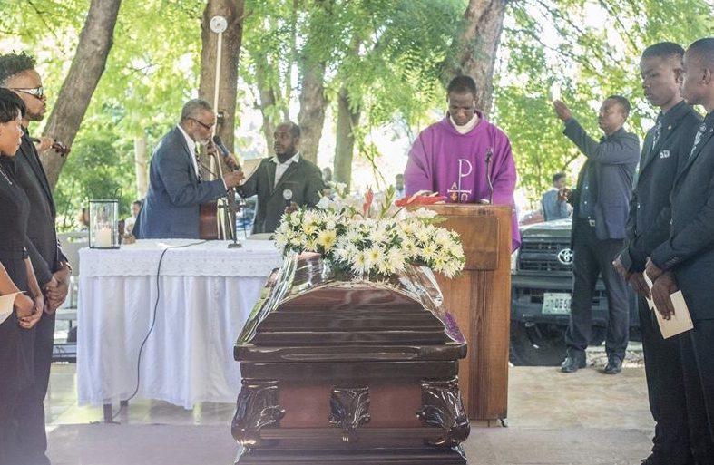 Haïti-Nécrologie: Roody Roodboy enterre sa mère