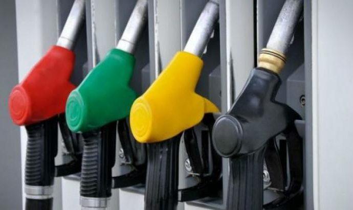 Rareté de carburant dans certaines pompes à essence