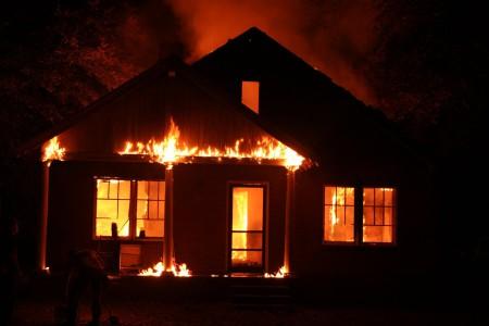 Camp-Perrin-Incendie: 7 membres d'une même famille morts calcinés