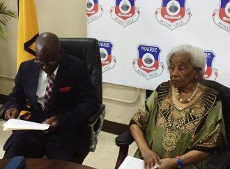 Odette Roy Fombrun honorée par la Mairie de Pétion-Ville