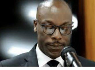 Haïti / Santé  Santé : Le sénateur Nawoon Marcellus s'écroule en pleine séance au Parlement