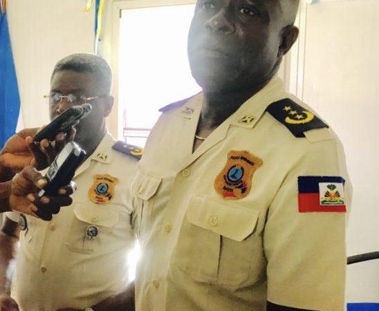 Changement au niveau de la PNH : le Commisaire Godson Jeune remplace Frantz Lerebours dans les Nippes