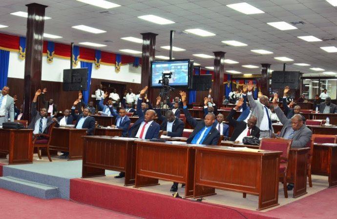 Haïti/Politique Parlement : La session extraordinaire en Assemblée nationale s'ouvre officiellement.