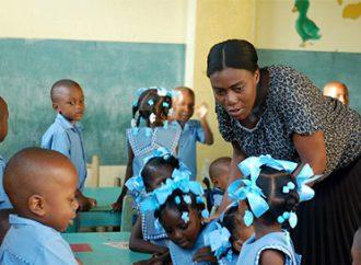 Éducation: L'État haïtien rend hommage aux enseignants