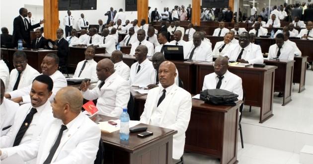 Séance de mise en accusation: 88 députés présents !