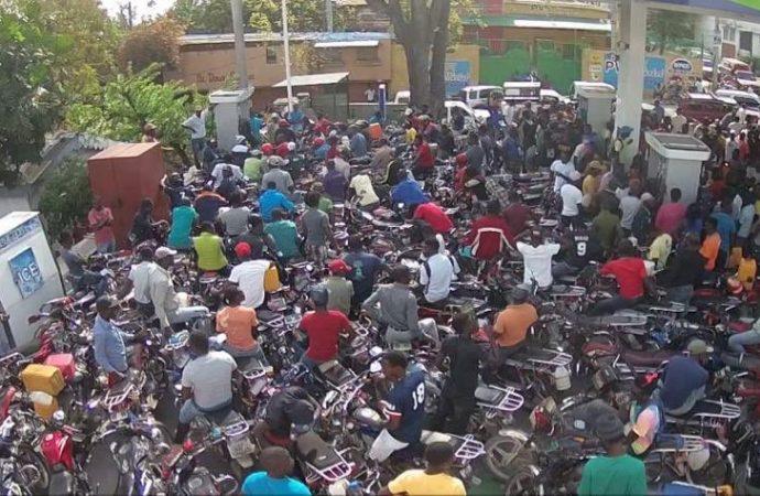 Désordre généralisé dans la distribution du carburant, David Turnier  appelle au secours de la PNH