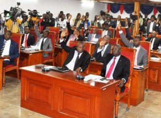 La majorité au Sénat favorable à l'installation du gouvernement de Fritz W. Michel