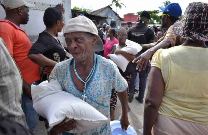 Petit Goave-Inondation: la Présidence vole au secours des habitants
