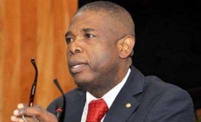 Carl Murat Cantave envisage de transférer  le Sénat dans un hôtel de luxe à Pétion-ville