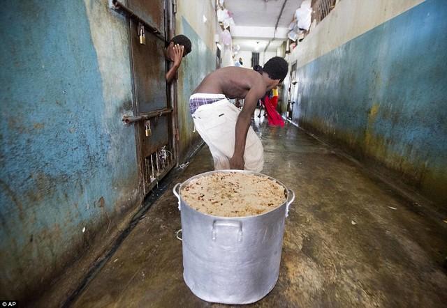 Haïti-Crise: les prisonniers paient le prix fort, RNDDH tire la sonnette d'alarme