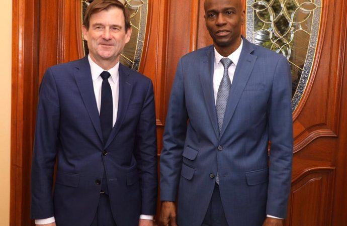 Visite de David Hale en Haïti: prêt à dialoguer avec l'Alternative, Jovenel Moïse campe sur sa position
