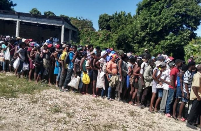 Fête de fin d'année: Le FAES continue d'appuyer les personnes défavorisées