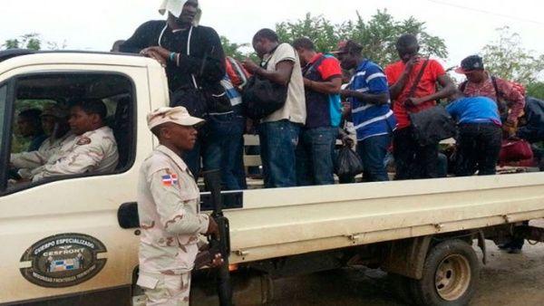 République Dominicaine: 24 Haïtiens illégaux arrêtés à Pedernales