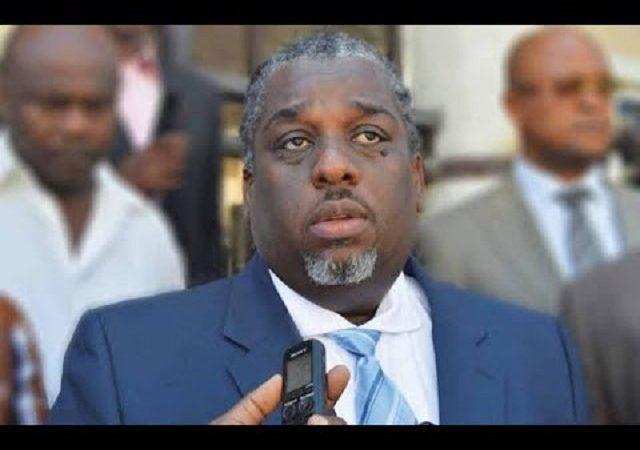 «Le carnaval ne peut pas être organisé sans la mairie de Port-au-Prince», revendique Youri Chevry