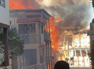 Vive tension à Jacmel : un mort et des maisons incendiées