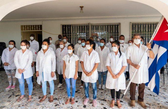 Coronavirus: 348 médecins et infirmiers cubains viennent soutenir Haïti dans sa lutte
