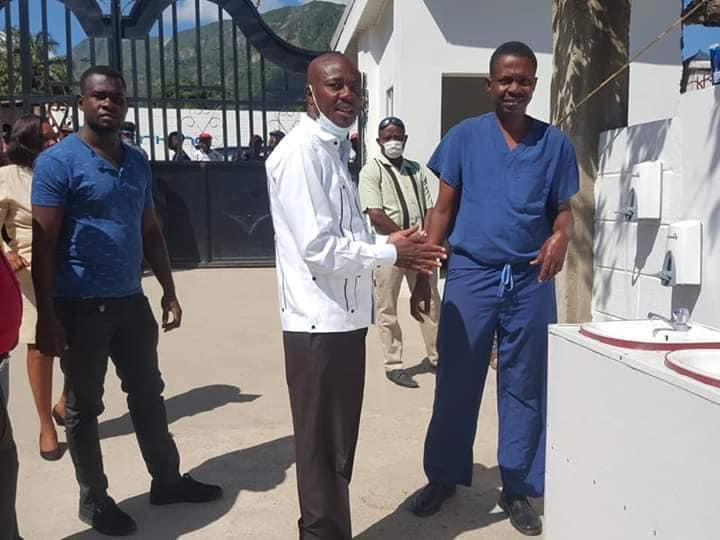 Inauguration d'un centre traitement à Milot par Moïse Jean-Charles