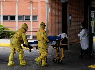 Le bilan de la pandémie dans le monde: plus de 211000 morts