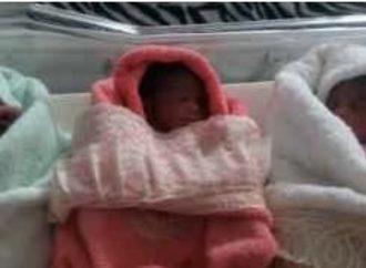 Une jeune femme donne naissance un triplé et requiert l'aide financière  des autorités