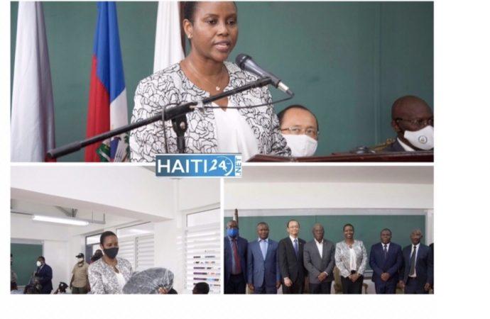 Éducation : Une douzaine d'établissements scolaire inaugurés par la Première Dame