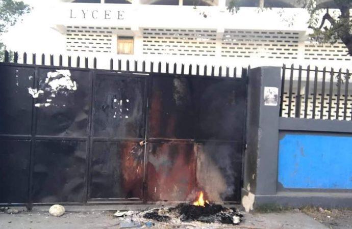 Situation de tension à Mirebalais : des institutions victimes de tentative d'incendie