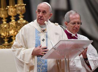 Le pape François victime de » fake news » annonçant son « arrestation pour trafic d'enfants »