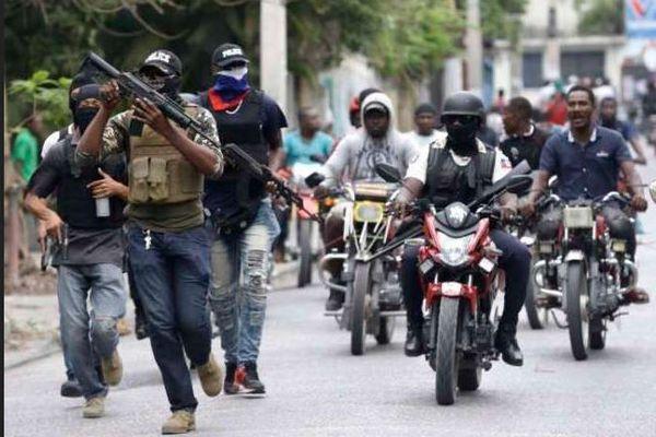 Protestation violente du groupe » Fantom 509″: 4 agresseurs tués, plusieurs autres blessées, selon Léon Charles