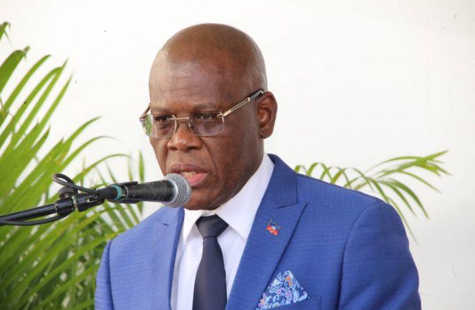 Coup de théâtre : En Conseil des ministres, Joseph Jouthe présente sa lettre de démission